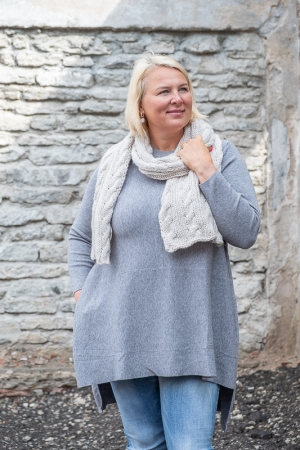 AMARANTH SWEATER, GREY
