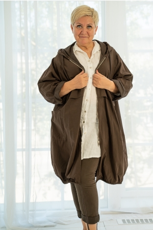 GIVE ME WIND HOODED JACKET, BROWN