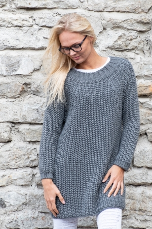 COZY WOOL SWEATER, DARK GREY