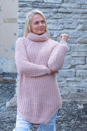 COZY TURTLENECK SWEATER, PINK