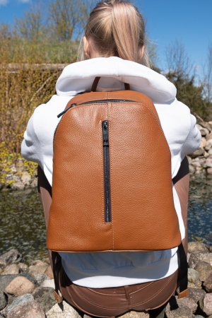 ARI GENUINE LEATHER BACKPACK